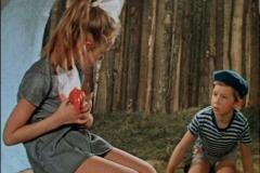 Priklyucheniya-zhyoltogo-chemodanchika-film-1970-g